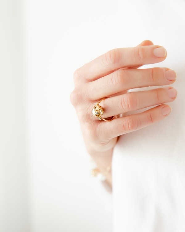 """""""yellow"""", """"gold"""", """"charm"""", """"promise"""", """"ring"""""""